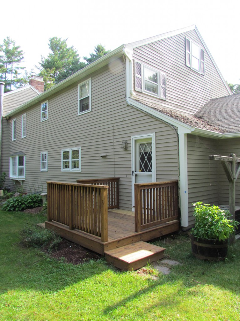 Deck Rot Repair and Staining